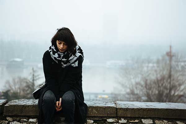 Seasonal affective disorder symptoms and treatment